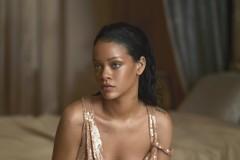Rihanna Covers Vogue April 2016