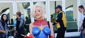 courtney-stodden-comiccon