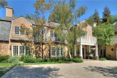 Adele Beverly Hills Home Screenshot