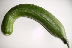 Bended_cucumber