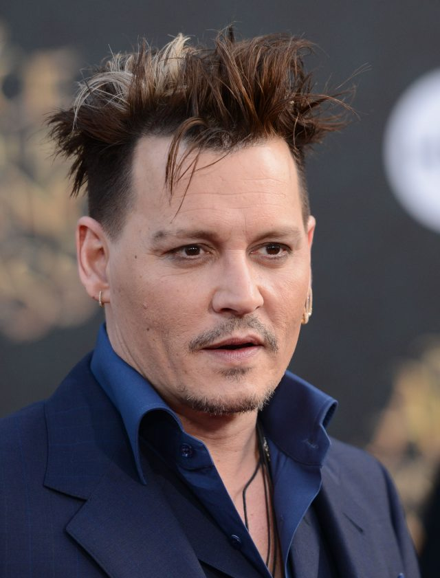 52071119 'Alice Through The Looking Glass' Premiere held at El Capitan Theatre in Hollywood, California on May 23, 2016. 'Alice Through The Looking Glass' Premiere held at El Capitan Theatre in Hollywood, California on May 23, 2016. Pictured: Johnny Depp FameFlynet, Inc - Beverly Hills, CA, USA - +1 (310) 505-9876 RESTRICTIONS APPLY: NO GERMANY,NO FRANCE