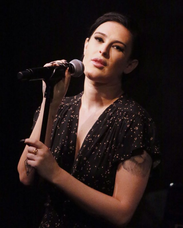 52016862 Rumer Willis is seen performing at The Cafe Carlyle in New York City, New York on April 7, 2016. Bruce Willis, his wife Emma Heming, Demi Moore, Tallulah Willis and Donna Karan were in attendance. FameFlynet, Inc - Beverly Hills, CA, USA - +1 (310) 505-9876 RESTRICTIONS APPLY: USA ONLY