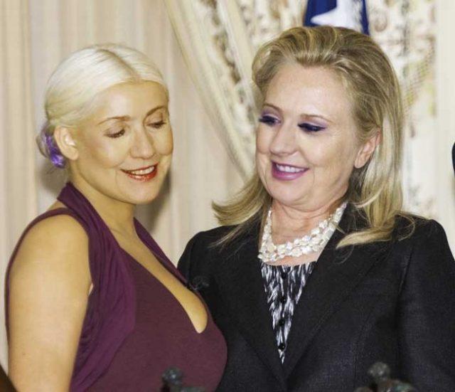 hillary-clinton-christina-aguilera-cleavage-stare-01