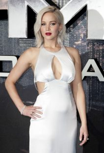 52048760 Celebrity guests walk the red carpet at a fan screening of 'X-Men Apocalypse' in London, England on May 9, 2016. Celebrity guests walk the red carpet at a fan screening of 'X-Men Apocalypse' in London, England on May 9, 2016.  Pictured: Jennifer Lawrence FameFlynet, Inc - Beverly Hills, CA, USA - +1 (310) 505-9876 RESTRICTIONS APPLY: USA/CHINA ONLY