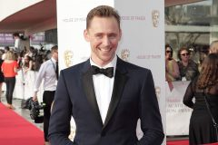 tom-hiddleston-bata