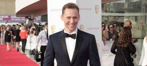 tom-hiddleston-bata