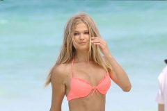 Vita Sidorkina Poses In Bikini For Victoria Secret On The Beach