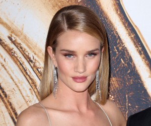 52083655 Celebrities attending the 2016 CFDA Fashion Awards in New York City, New York on June 6, 2016. Celebrities attending the 2016 CFDA Fashion Awards in New York City, New York on June 6, 2016.  Pictured: Rosie Huntington-Whiteley FameFlynet, Inc - Beverly Hills, CA, USA - +1 (310) 505-9876