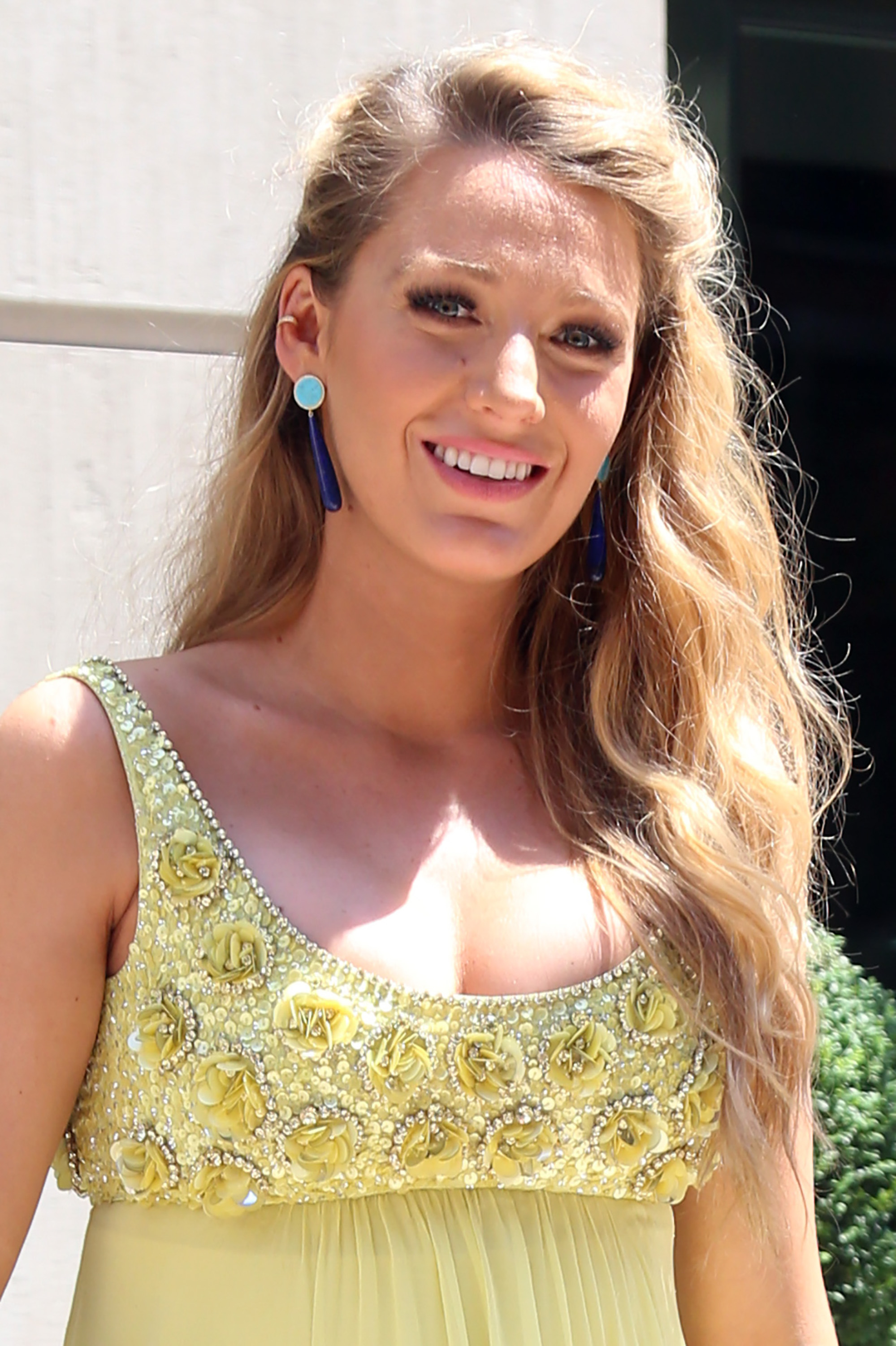 52098354 Pregnant actress Blake Lively out and about in New York City, New York on June 20, 2016. She wore a bright yellow maternity dress that showed off her pregnant belly. FameFlynet, Inc - Beverly Hills, CA, USA - +1 (310) 505-9876