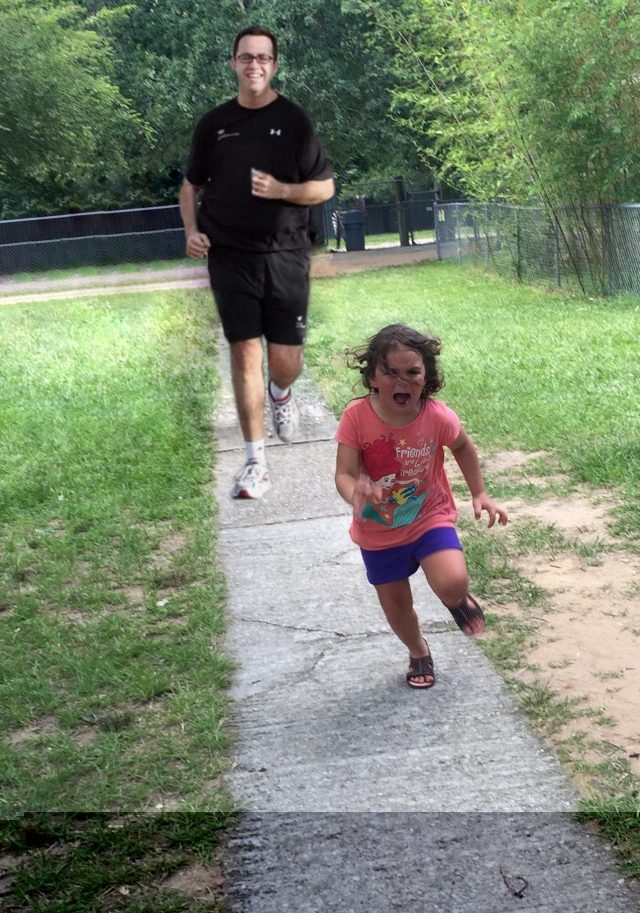Girl Running from Peacock PS Battle on Reddit 03