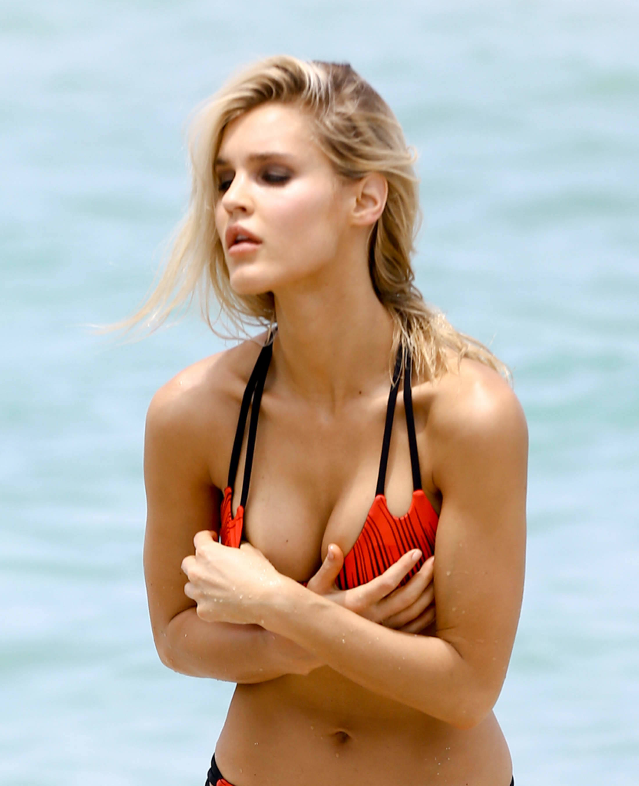 Joy Corrigan Naked sports illustrated model joy corrigan's naked breast popped