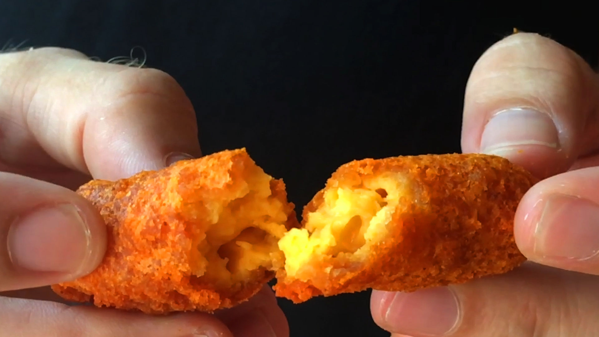 mac-cheetos-inside