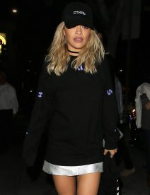 52079157 New couple alert? Pop stars Justin Bieber and Rita Ora were spotted enjoying a night out together in Los Angeles, California on June 1, 2016. The duo were first seen at Kitchen 24, then at Warwick nightclub in Hollywood. Justin was hiding his face during the outing while Rita rocked a very short silver skirt! FameFlynet, Inc - Beverly Hills, CA, USA - +1 (310) 505-9876