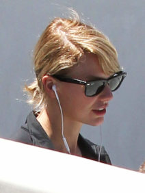 52130273 Singer Taylor Swift is seen hitting the gym in Hollywood, California on July 22, 2016. Taylor has been keeping a low profile as of late after her recent social media feud with Kim Kardashian & Kanye West. FameFlynet, Inc - Beverly Hills, CA, USA - +1 (310) 505-9876