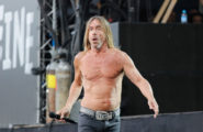 52158218 Musicians perform during Day 2 of Rock en Seine Festival in Paris, France, on August 28, 2016. Musicians perform during Day 2 of Rock en Seine Festival in Paris, France, on August 28, 2016. Pictured: Iggy Pop FameFlynet, Inc - Beverly Hills, CA, USA - +1 (310) 505-9876 RESTRICTIONS APPLY: USA ONLY