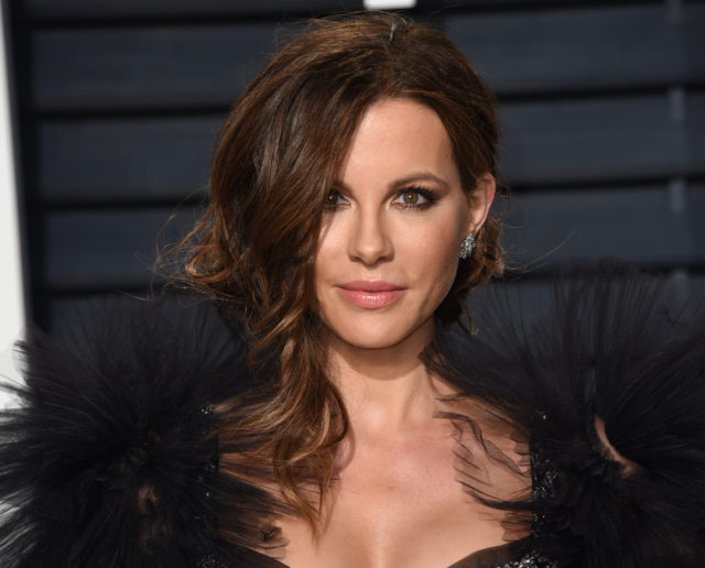 Kate Beckinsale Rates the Best Smelling Celebrities