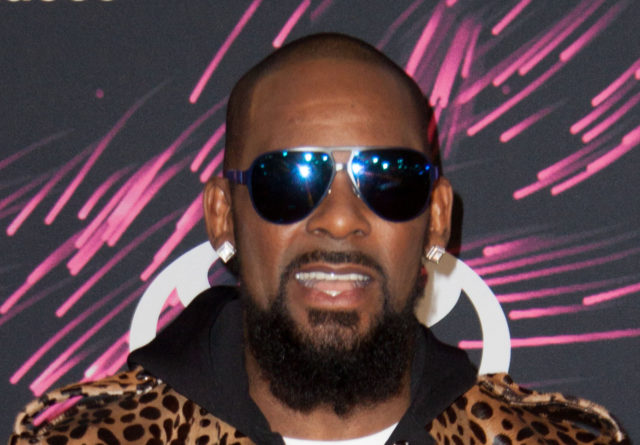 R. Kelly Sued for Nailing Sheriff Deputy's Wife and Giving Her Chlamydia