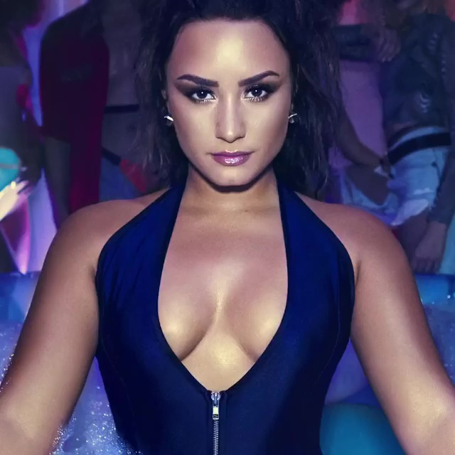 Demi Lovato Isnt Sorry But She Probably Should Be