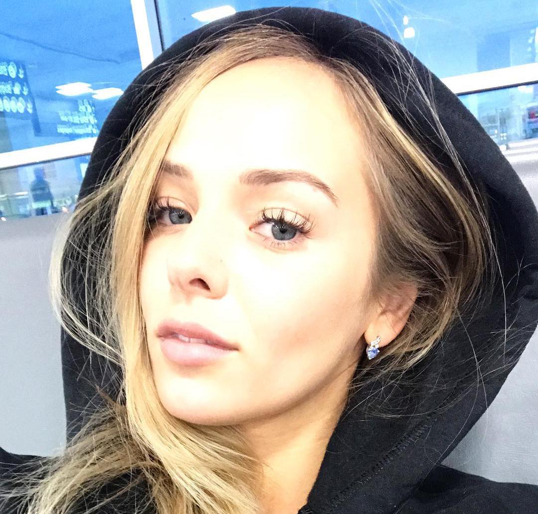 Christina model member video 02 - 3 part 3