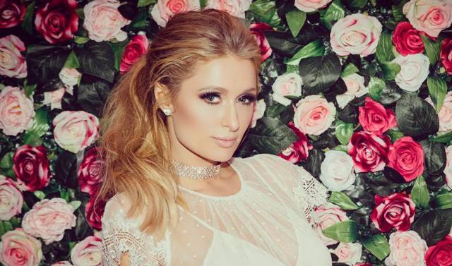 Paris Hilton disses Lindsay Lohan over iconic auto photos with Britney Spears