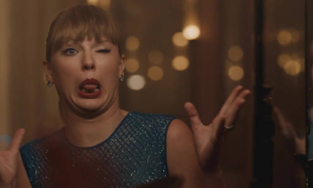 People Are Smartly Refusing to Listen to Taylor Swift's Earth, Wind & Fire Cover