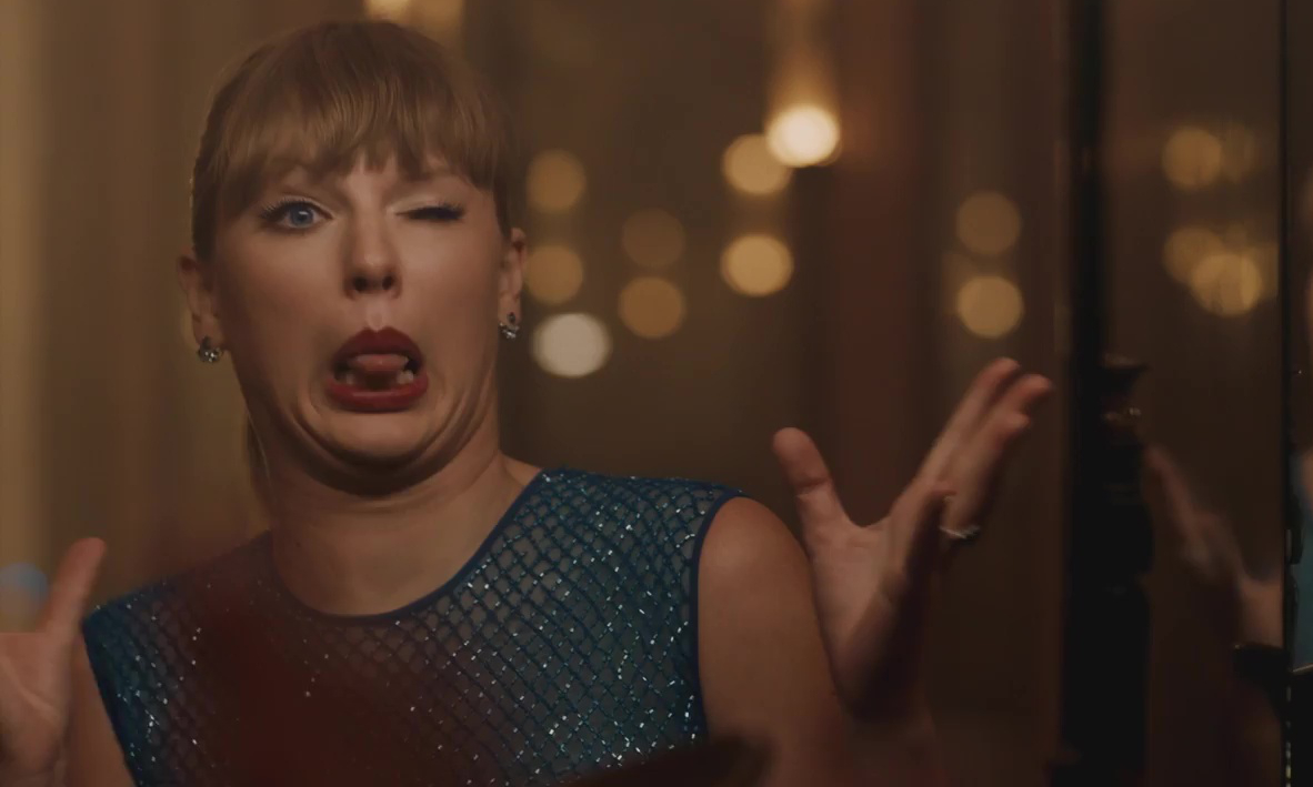 People Are Smartly Refusing To Listen To Taylor Swift S Earth Wind Fire Cover The Blemish