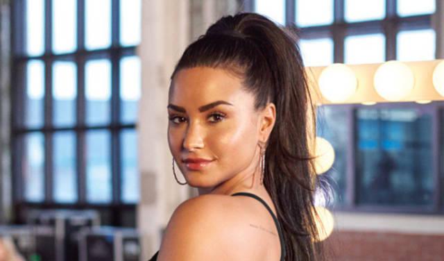 Demi Lovato Had a Hooker Grope Her Bodyguard