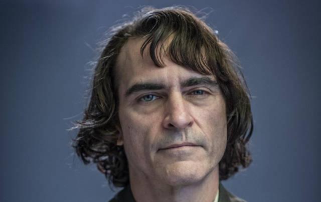 Joaquin Phoenix's Joker Is A Lost Insane Clown Posee Member