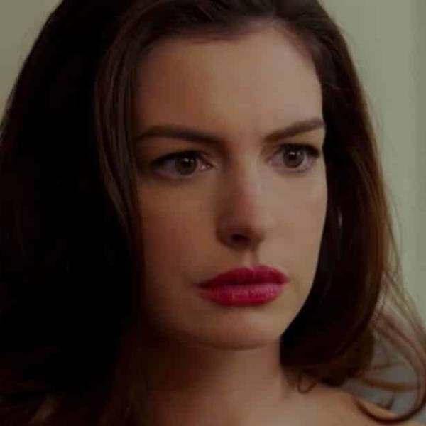 Anne Hathaway Almost Drowns In Hawaii