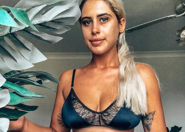 Swimsuit Model Ariella Nyssa Celebrates Body Positivity -3393