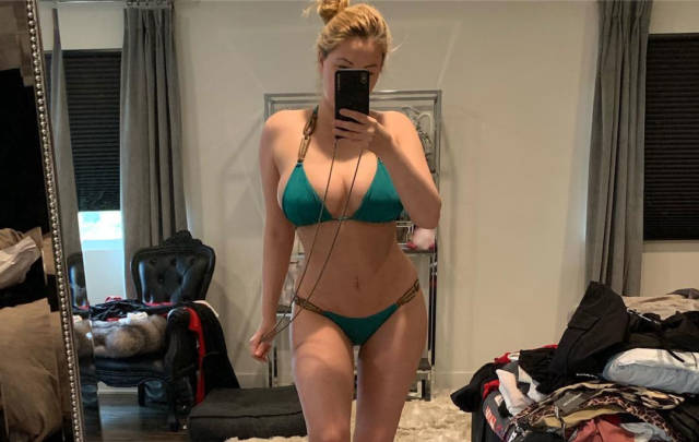 This Playboy Model is Showing Off After Her Stomach Reconstruction