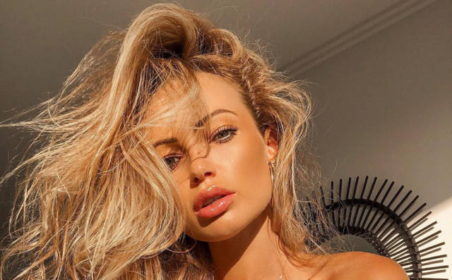 Abby Dowse is Sizzling in New Instagram Photoshoot