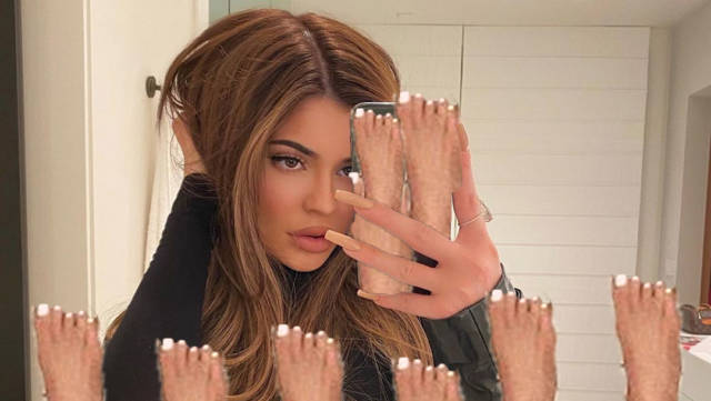 What is Up With Kylie Jenner's Weird-Looking Feet