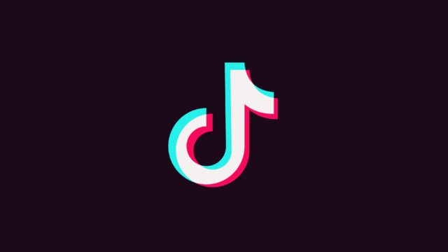 You Can Very Easily Remove the Red Filter From Those TikTok 'Silhouette Challenge' Videos and People are Freaking…